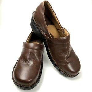Born Casual Leather Clogs Mule Slip On Wedge 8